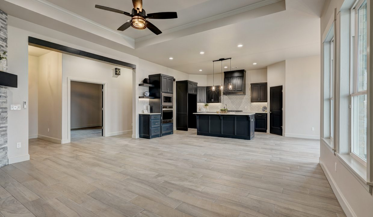 13_12609 forest terrace_34